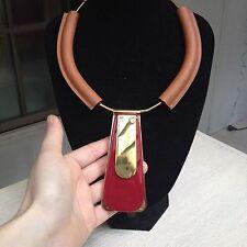 Élégant collier MARNI col en cuir-neuf avec dustbag