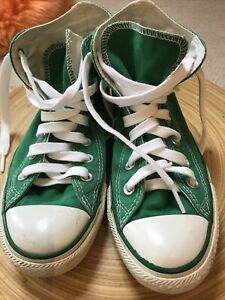 converse high tops Green size 5