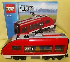 LEGO TRAIN REAR PASSENGER CARRIAGE FROM 9V RC PASSENGER TRAIN SET 7938
