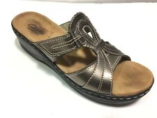 CLARKS Bendables Sandals Womens Size 9 M Gold Metallic Leather Casual Comfort