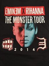 Eminem Rihanna The Monster Tour 2014 Comerica Park Detroit Small Concert T-Shirt