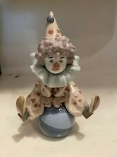 "Lladro Circus Collection ""Having a Ball"" 5813 Clown"