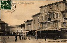 CPA    Le Bois-D'Oingt (Rhone) - La Place    (451117)