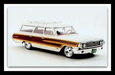 wonderful modelcar FORD COUNTRY SQUIRE 1964 -  white/wood  -  1/43