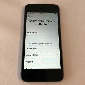 Apple iPhone 5s - 32GB - Space Gray A1533 For Parts/Repair - Apple ID Unknown