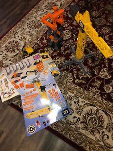 Huge Lot Mega Bloks Cat Building Set Caterpillar Construction Cranes, Vehicles