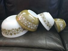 4 PYREX Nesting Mixing bowl set SPRING BLOSSOM Green and White or Crazy Daisy