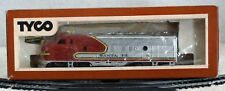 Tyco HO Scale Santa Fe Passenger Diesel Engine F9 A Unit Functional Lighted