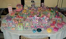 POLLY POCKET LOT DE 38 playset + 80 personnages ...