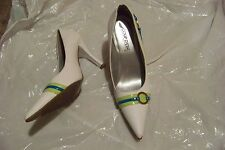 womens coup d'etat white leather pointed toe heels shoes 8.5 w