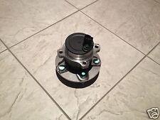 Ford Focus 2 y C-Max 03 >> One Trasera Con Cubo de Rueda ABS Sensor Nuevo