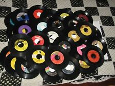 45rpm LOT OF 50..CRAFTS,DECO OR PLAY..MIXED LABELS & GENRES nice SEE PICS