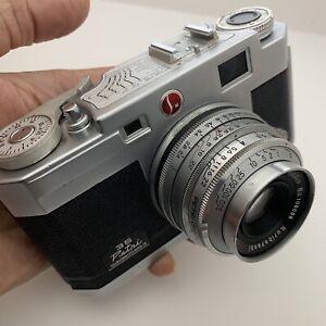 Vintage PETRI 2.8 Color Corrected 35mm CAMERA w/ KURIBAYASHI 45mm Lens *WORKS*