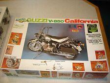 Very Rare Mint 1/6 Scale Protar Moto Guzzi V-850 California Modello 148