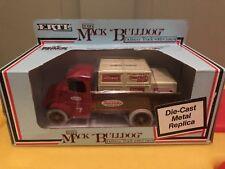 1926 Mack Bulldog Delivery Truck w/Crates Bank w/Key Ertl True Value #7 Die-Cast