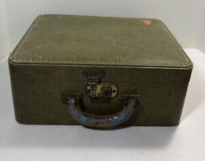 Vintage Luce Train/Makeup Case - Green Colored w/ Brass Lock No Key No Mirror