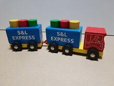 Holzspielzeug Lastwagen mit 6 Bauklötze
