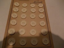 vintage  mercerie  lot de 24 boutons anciens