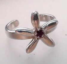Anillo de plata con 1 rubí, talla expandible