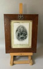 More details for antique queen victoria diamond jubilee signed cabinet photo frame coat of arms