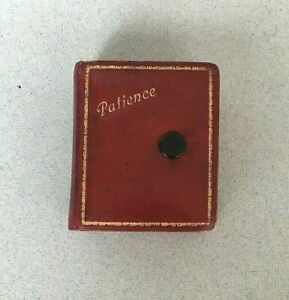 ANTIQUE TRAVELLING PLAYING CARD PACK Patience in leather case Platnik vintage