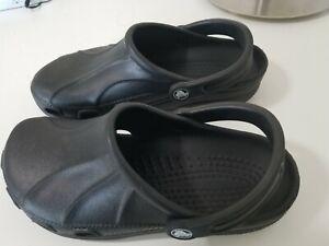 CROCS black size 7 9