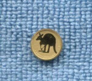 2011 $2 0.5g 99.99% PURE GOLD COIN AUSTRALIA Kangaroo in Capsule U-115