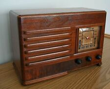 Restored Vintage Emerson AM & SW Table Radio from 1939