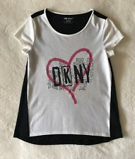 DKNY BIG GIRLS GRAPHIC TEE SIZE M