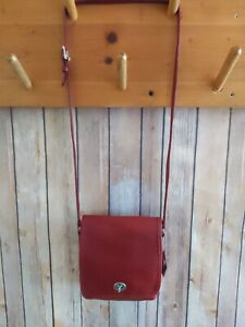 Vintage Coach Legacy Companion Red Leather Turnlock Crossbody Bag Purse 9076