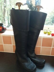 Ladies Black Clarks Knee High Boots Size 7 Block Heel