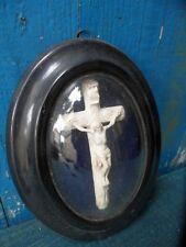 CRUCIFIX N III Cadre Christ sous verre bombé