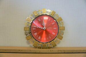"""Vintage Timemaster Wall Clock Gold Tone rim Metamec Quartz - 28cm/11"""" Diameter"""
