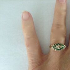 Vintage 14 Gold Emerald + Diamond Triangle Pattern Ring size 6.25  3.3 grams