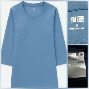 UNIQLO FITTED 3/4 SLEEVE T SHIRT Like new Med on tag
