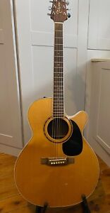 Takamine electroacoustic guitar Pro series