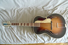 Guitare archtop de fabrication allemande beau son TBE. Jazz guitar good shape