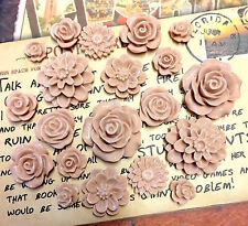 20pcs - Resin Flower Cabochons - Champagne