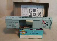 Athearn Norfolk Southern Box Car Kit     HO Scale
