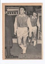 VIC GROVES & BILLY McCULLOUGH ARSENAL ORIGINAL HAND SIGNED MAGAZINE CUTTING