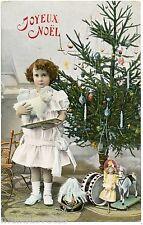 JOYEUX NOËL . Jouets anciens .Poupée.Cheval en bois . Old toys . MERRY CHRISTMAS