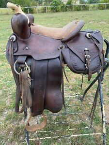 "Antique /vintage/used 13"" Western saddle w/built-in saddle bags"