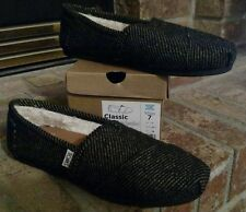 NIB TOMS Classics Black/White Speckled Wool With Shearling Slip On Size 7