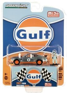 """Chase 2021 FORD MUSTANG MACH 1 #8 """"GULF"""" & DRIVER FIGURE 1/64 GREENLIGHT 51377"""