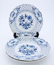 3 Rare serving plates - Meissen - Blue Onion