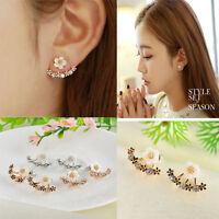 Elegant Crystal Rhinestone Ear Stud Daisy Flower Earrings Women Fashion Jewelry