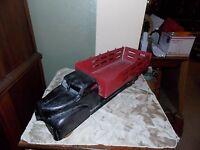 VINTAGE 1940'S LOUIS MARX UNMARKED PRESSED STEEL TOY DUMP TRUCK RED BLACK