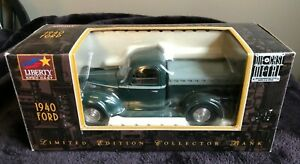 Liberty Classic SpecCast 1940 FORD PICKUP TRUCK 1:25 Diecast Bank BRAND NEW