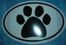CAR MAGNET OVAL WITH CAT (OR DOG) PAWPRINT IN CENTER