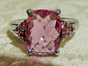 Beautiful 9ct White Gold Pink Tourmaline ring ,cushion cut 2ct tourmaline.